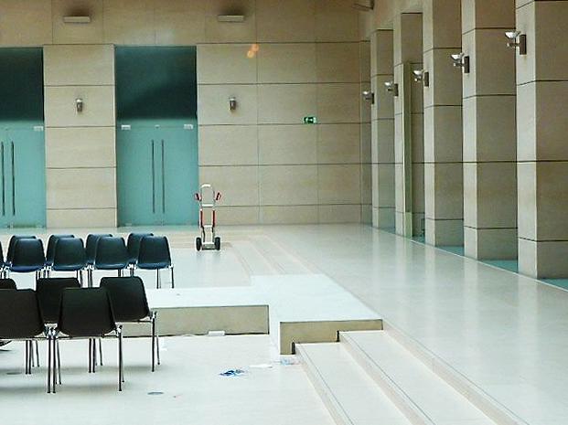 minimalist conference hall berlin interior - Conference Hall Interior Design
